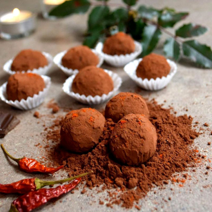 Fotografie jídla, domácí čokoládové pralinky